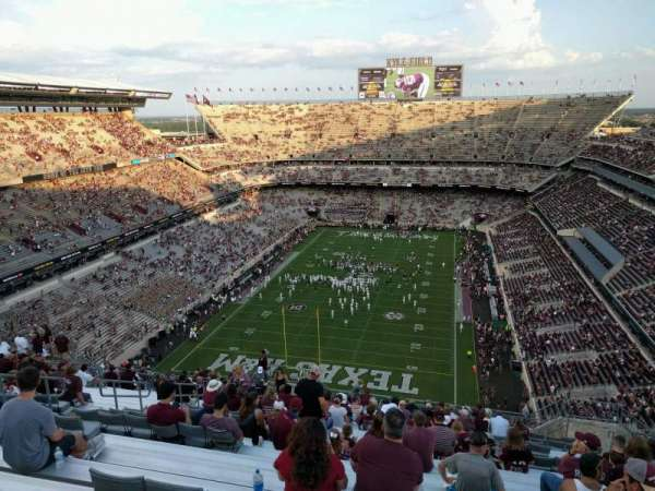 Kyle Field, section: 413, row: 23, seat: 10