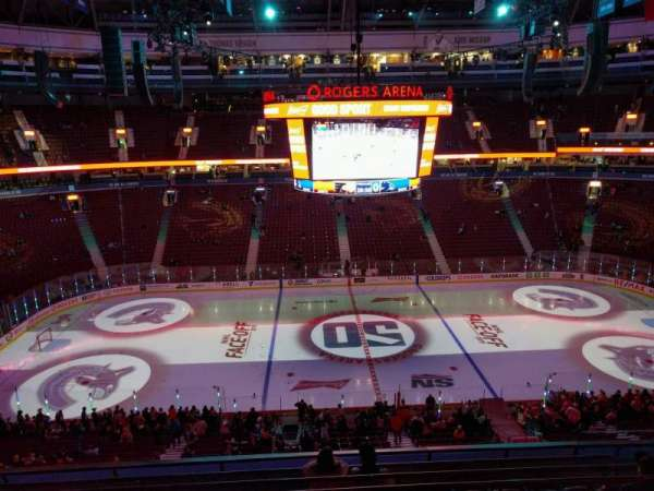 Rogers Arena, section: 323, row: 8, seat: 106