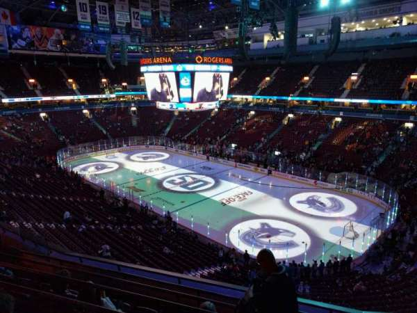 Rogers Arena, section: 304, row: 7, seat: 106