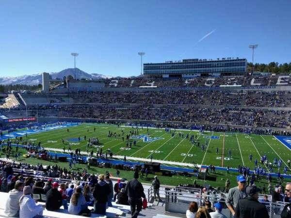 Falcon Stadium, section: m20, row: t, seat: 34