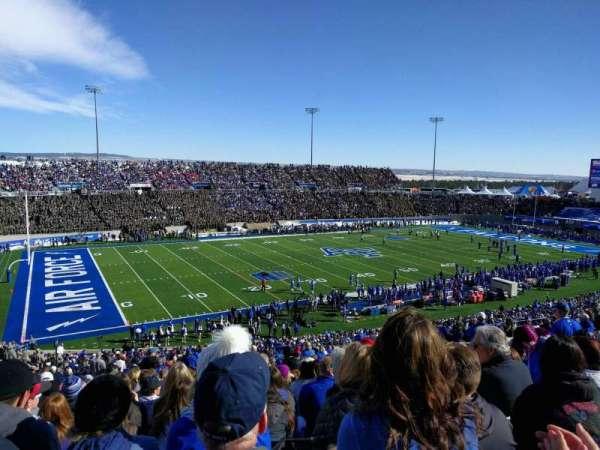 Falcon Stadium, section: l11, row: u, seat: 27