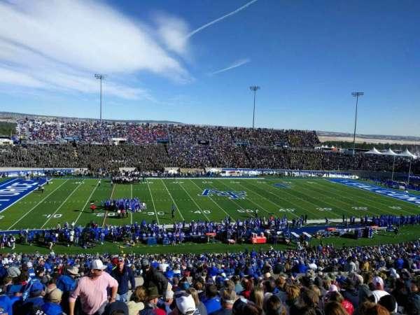Falcon Stadium, section: m9, row: t, seat: 32