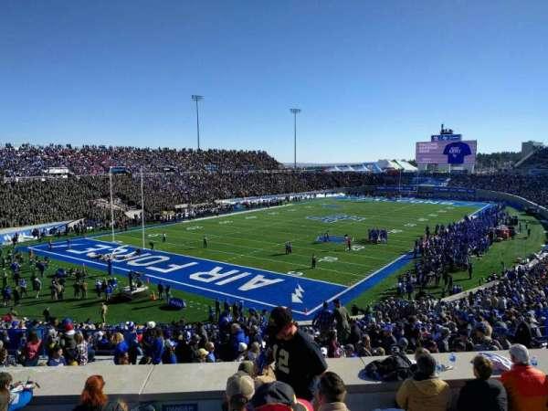 Falcon Stadium, section: m14, row: h, seat: 26