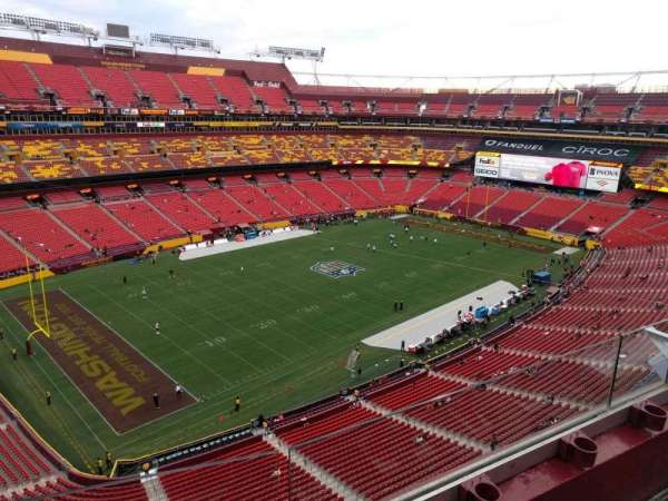 FedEx Field, section: 433, row: 2, seat: 8