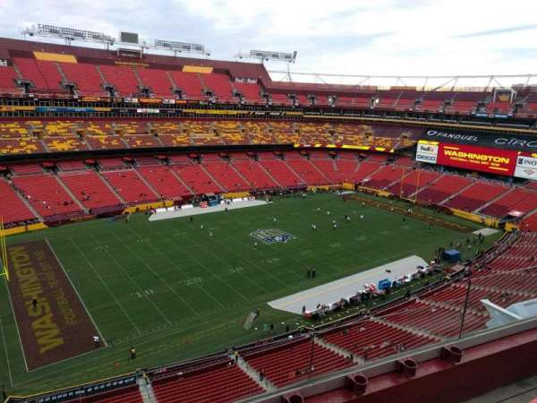 FedEx Field, section: 432, row: 3, seat: 8