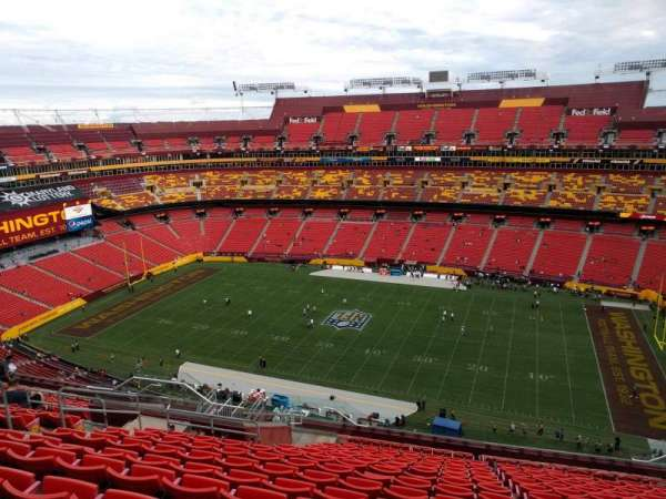 FedEx Field, section: 425, row: 17, seat: 14