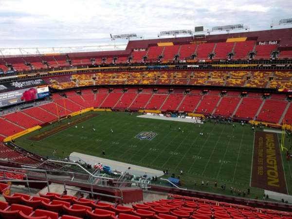 FedEx Field, section: 424, row: 14, seat: 17