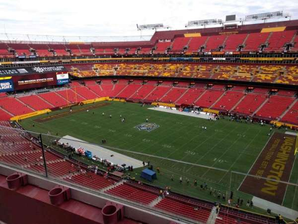 FedEx Field, section: 423, row: 2, seat: 14