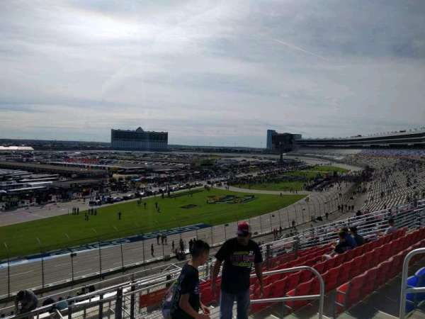 Texas Motor Speedway, section: PU421, row: 39, seat: 13
