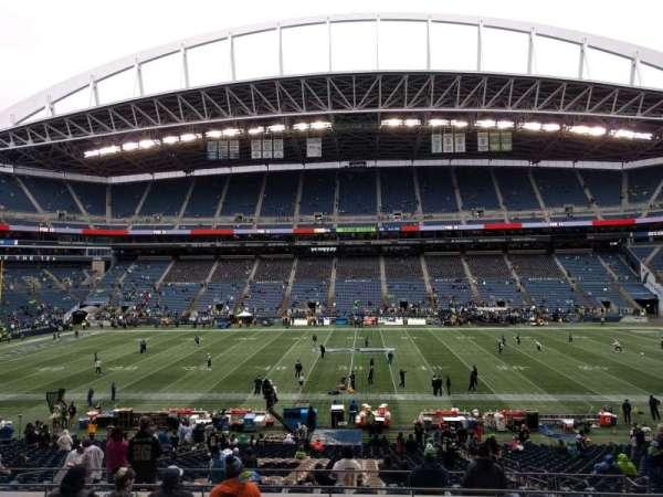 Lumen Field, section: 209, row: h, seat: 8