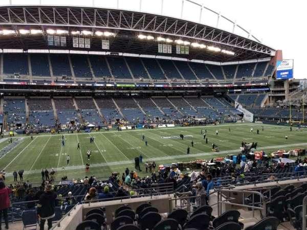 Lumen Field, section: 212, row: i, seat: 5