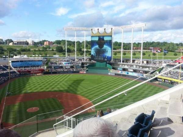 Kauffman Stadium, section: 427, row: BB, seat: 16