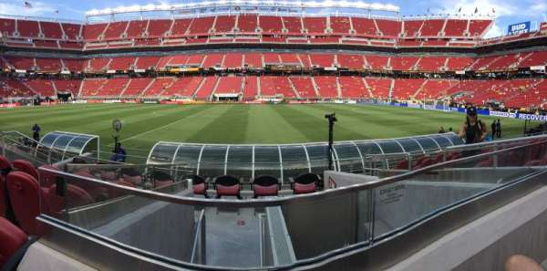 Levi's Stadium, section: C137, row: 7, seat: 2