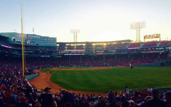 Fenway Park, section: Right Field Box 89, row: QQ, seat: 3