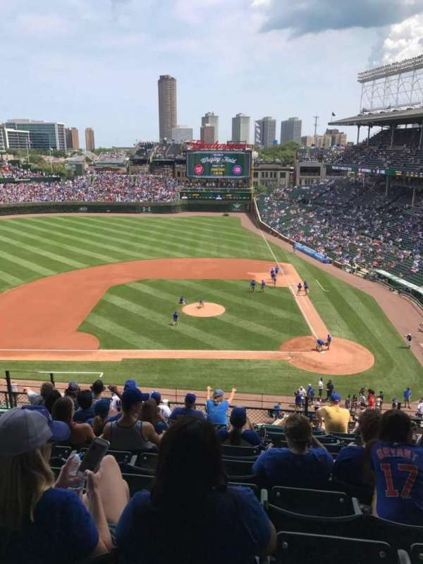 Wrigley Field, section: 313L, row: 10, seat: 7