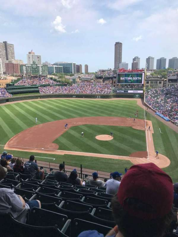 Wrigley Field, section: 313L, row: 10, seat: 8