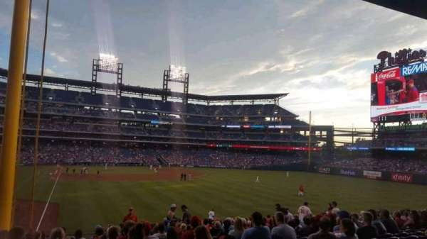 Citizens Bank Park, section: 106, row: 20, seat: 16