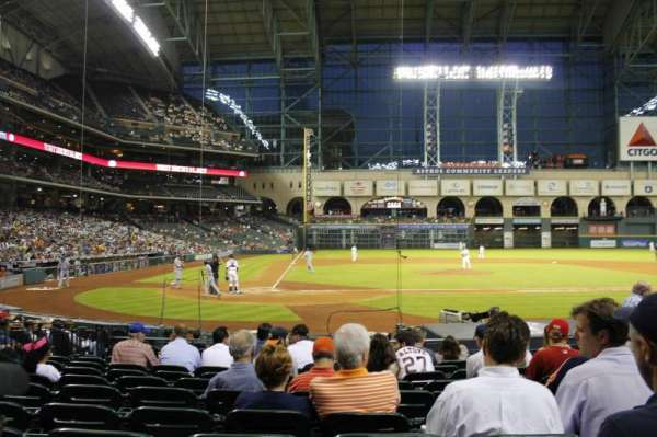 Minute Maid Park, section: 122, row: 13, seat: 12