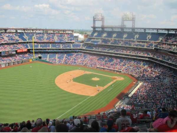 Citizens Bank Park, section: 432, row: 16, seat: 4