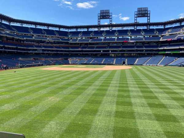 Citizens Bank Park, section: 103, row: 1, seat: 1