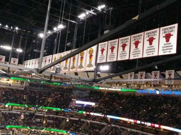 United Center, section: 334, row: 9, seat: 15