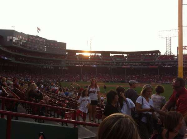Fenway Park, section: Right Field Box 93, row: GG