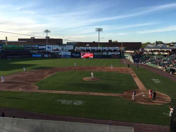 Clipper Magazine Stadium, section: 213, row: 3