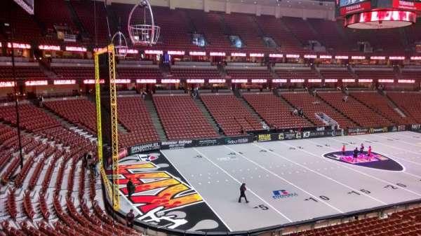 Honda Center, section: 323, row: C, seat: 8