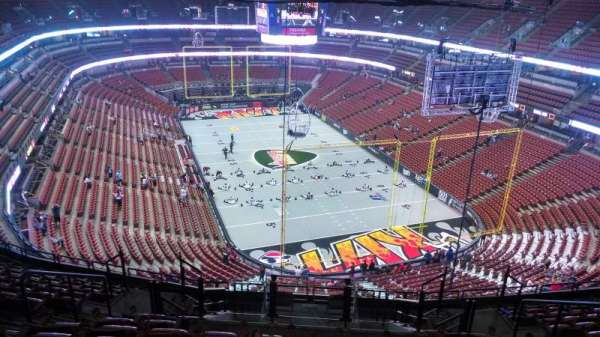 Honda Center, section: 403, row: N, seat: 8
