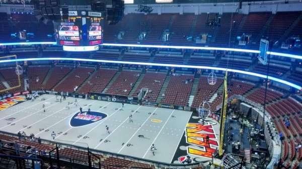 Honda Center, section: 430, row: M, seat: 8