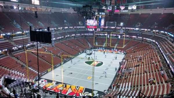 Honda Center, section: 421, row: M, seat: 8