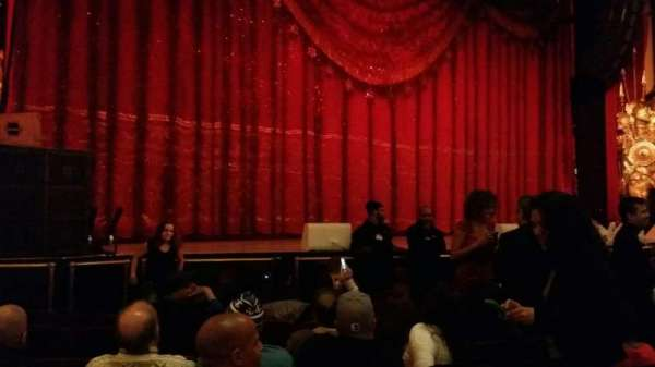 Beacon Theatre, section: Orchestra 1, row: e, seat: 21