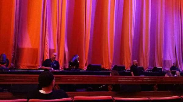 Radio City Music Hall, section: Orchestra 5, row: DD, seat: 513
