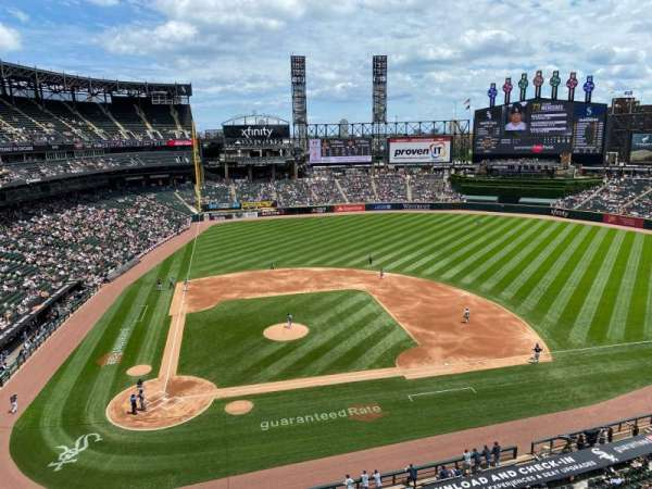 Guaranteed Rate Field, section: 527, row: 1, seat: 8