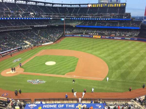 Citi Field, section: 407, row: 3, seat: 9,10