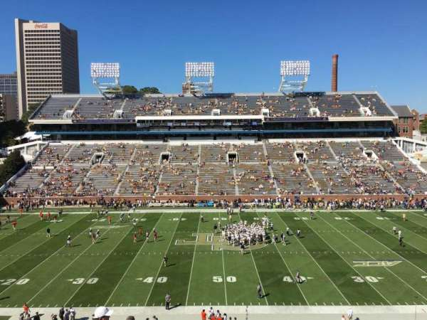 Bobby Dodd Stadium, section: 225, row: 16, seat: 13