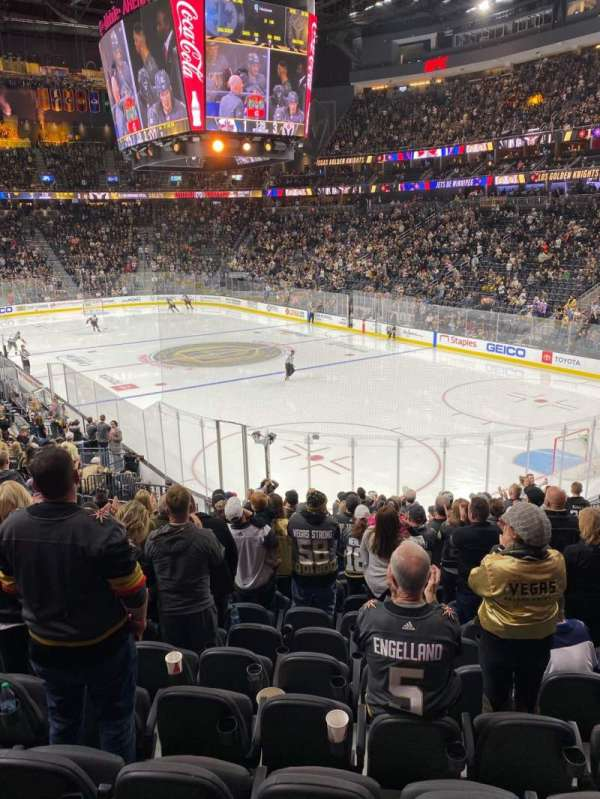 T-Mobile Arena, section: 9, row: T, seat: 8