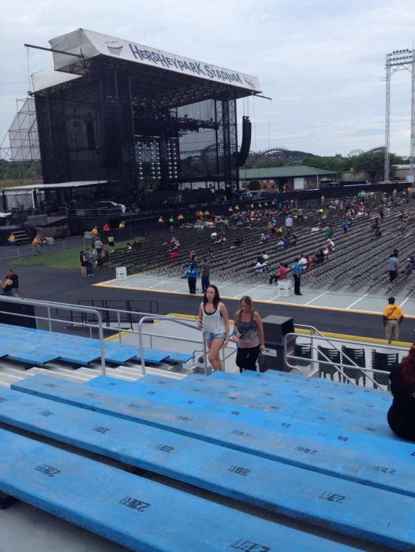 Hershey Park Stadium Section 7 Row F Seat 25