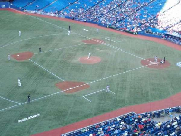 Rogers Centre, section: 533R, row: 10, seat: 4