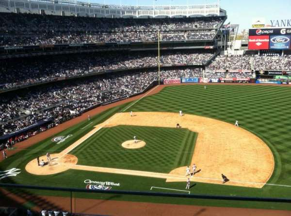 Yankee Stadium, section: 315, row: Row 2, seat: 6
