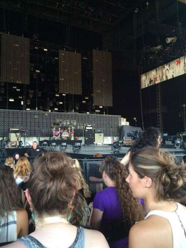 Hollywood Casino Amphitheatre (Tinley Park), section: 103, row: K, seat: 30-31
