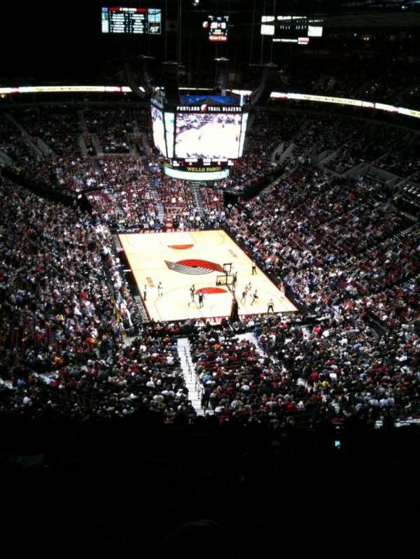 Moda Center, section: 328, row: P, seat: 8