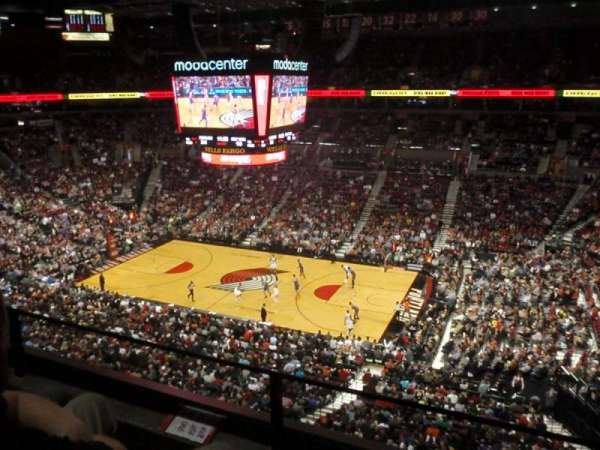 Moda Center, section: 333, row: B, seat: 3