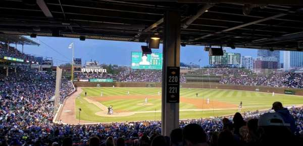 Wrigley Field, section: 220, row: 16, seat: 21