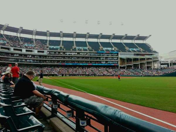 Progressive Field, section: 125, row: B, seat: 22