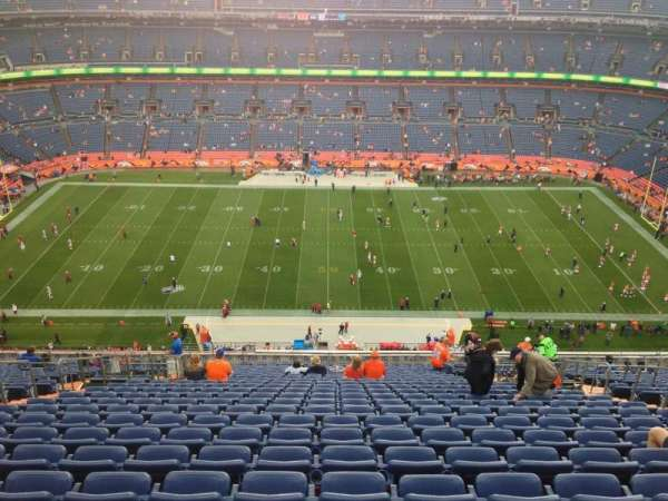 Broncos Stadium at Mile High, section: 525, row: 27, seat: 6