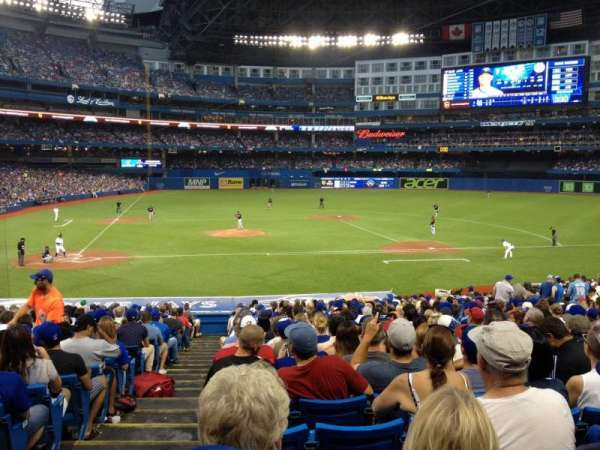 Rogers Centre, section: 118R, row: 31, seat: 1