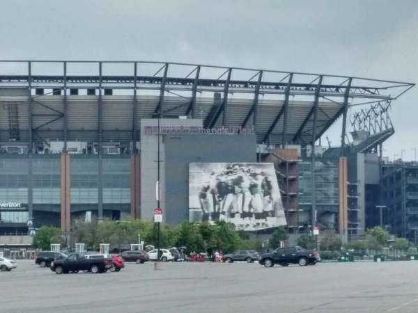 Lincoln Financial Field, section: exterior