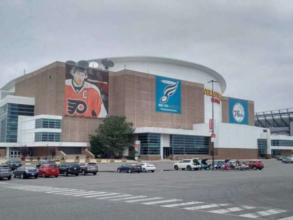 Wells Fargo Center, section: exterior