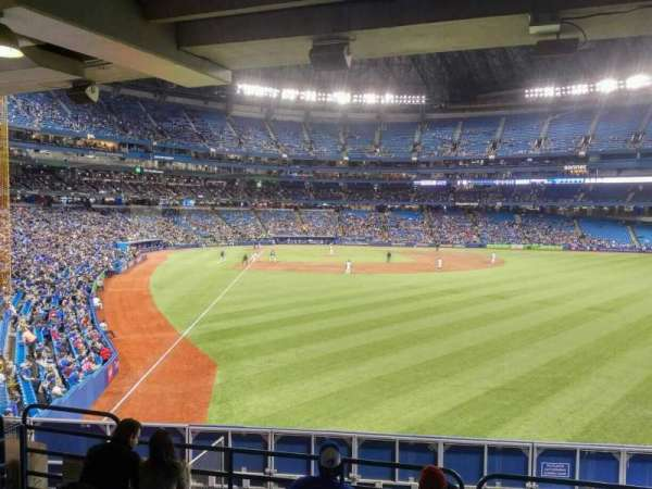 Rogers Centre, section: 108R, row: 7, seat: 3
